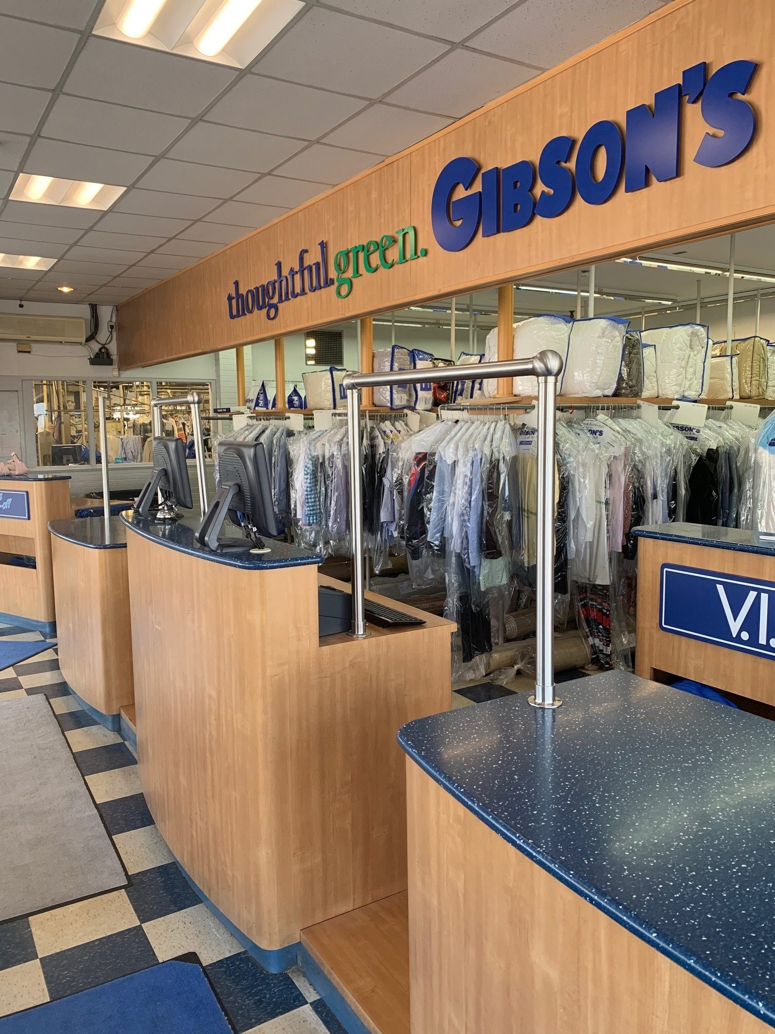 Gibsons-Store-e1568923408829